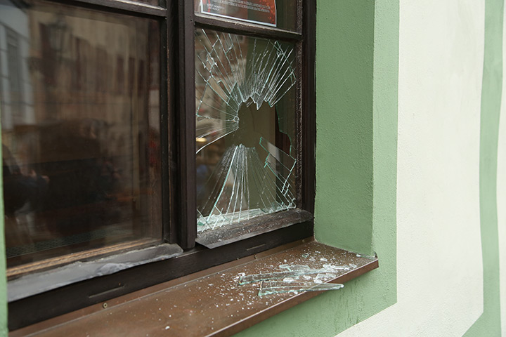 A2B Glass are able to board up broken windows while they are being repaired in Forest Hill.